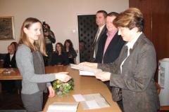 Irena Buđa prima nagradu