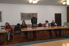 Lana Lončarić zahvaljuje na primljenoj nagradi