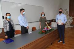 Ivan Šimunić prima nagradu